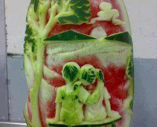 unique-fruit-cutting-style-design