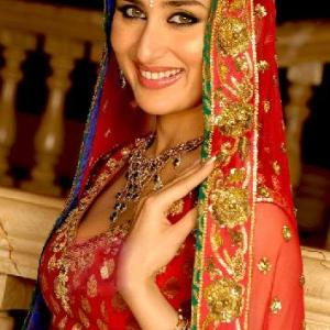 kareena-kapoor-wedding-dress-designer-in-india-2012