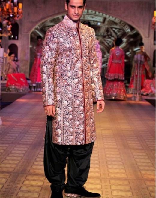 most-beautiful-groom-dress 2013