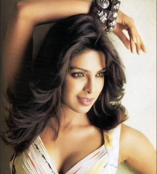 2013-Priyanka-chopra HD wallpaper