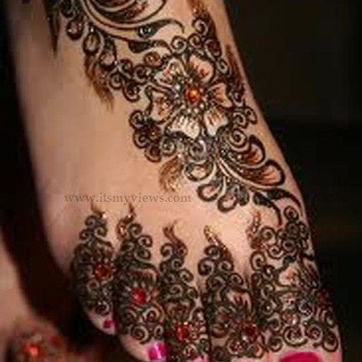 latest-beautiful-eid-mehndi-designs-2013