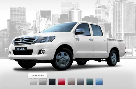 Toyota-Hilux-2013-2014-Super-white-color-in-dubai-singapore