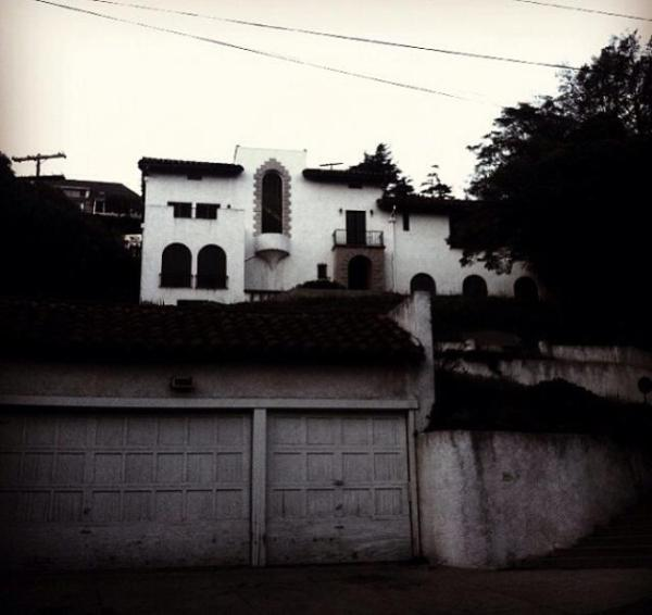 The real haunted houses of la ivan estrada properties for Murder house for sale american horror story