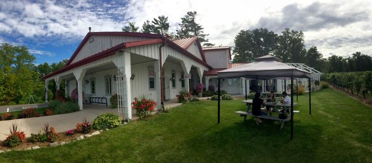 I've Been Bit! A Travel Blog :: Niagara Wine Festival