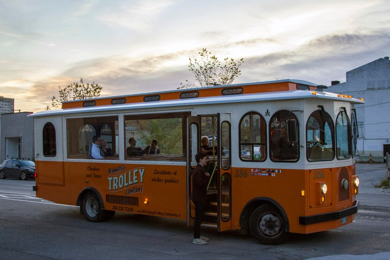 Winnipeg Trolley Company's Ale Trail, Manitoba Road Trip - 7 Days of Canadian Prairie Adventure :: I've Been Bit A Travel Blog