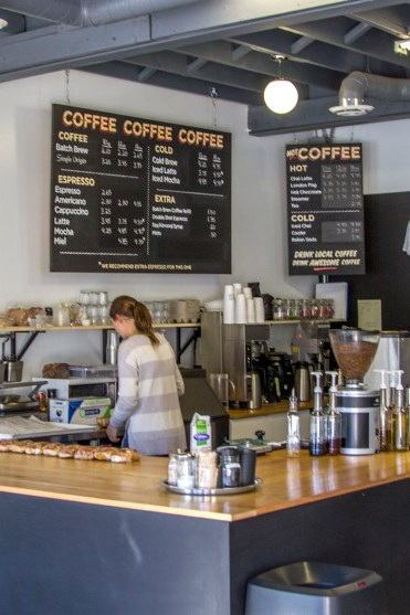 Flatland Coffee Roasters in Gimli, Manitoba Road Trip - 7 Days of Canadian Prairie Adventure :: I've Been Bit A Travel Blog