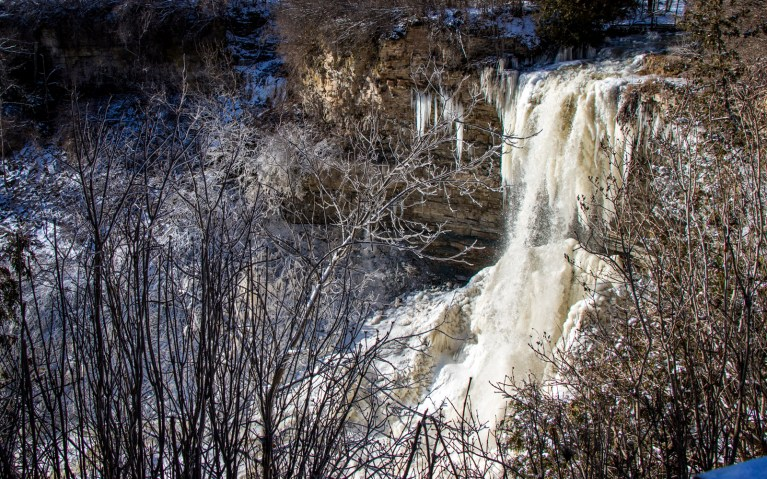 Borer's Falls and Niagara Escarpment - Hiking Hamilton's Borer's Falls :: I've Been Bit! A Travel Blog