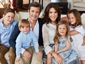 Princess Mary opens up about her late mother.