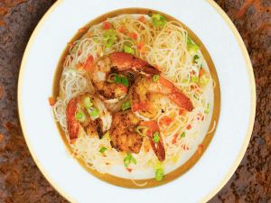 Spicy shrimp and green onions with rice noodles