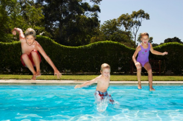 Backyard swimming pools should be banned