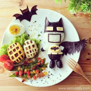 The mum who turns her daughters' lunches into art