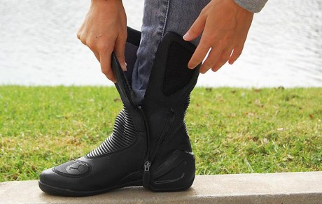 motorcycle-boots