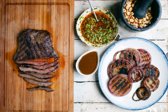 Grilled Steak & Onion Salad with Cilantro Chimichurri & Piquillo Pepper Balsamic Vinaigrette | I Will Not Eat Oysters