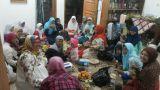 Suasana Buka Bersama Warga Perumahan Pasir Kemiri, Cigugur Girang Parongpong, Bandung Barat, Kamis (25/6/2015)