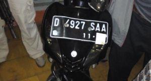 Barang bukti yang disita petugas Unit Reskrim Polsek Cicendo dari pelaku curanmor, Selasa (6/12) malam.