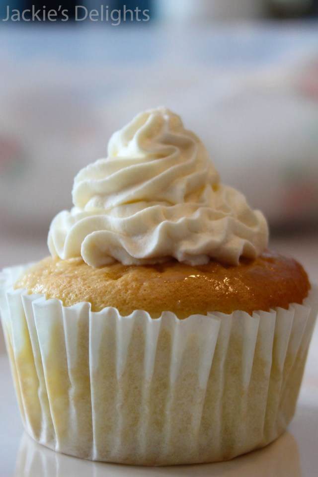 tres leches cupcakes.6