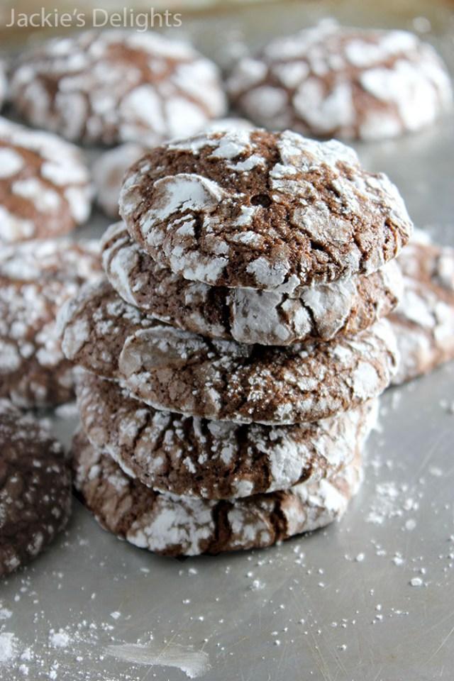 Chocolate crinkle cookies.6