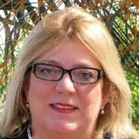 Debbie Drummond real estate expert