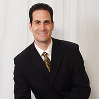 Marco Santarelli real estate expert