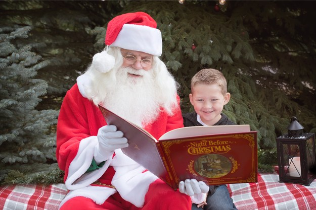 Outdoor Santa Photos in Ham Lake