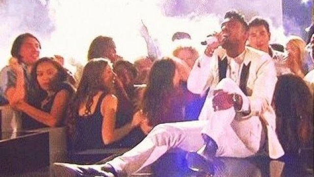 Miguel Leg Drops Two Girls @Kevin2wokrayzee