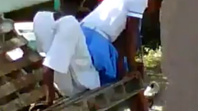 Disgraceful! Jamaican High School Girl Having Sex In Uniform