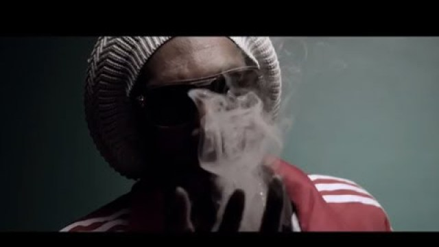 Snoop Lion – Smoke The Weed ft. Collie Buddz (Official Video)