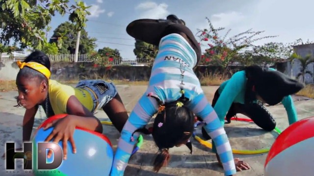 Charly Black Ft. Firm – Bubbles & Clip [Official Music Video HD]