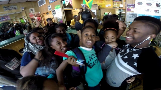Got Mobbed By Kids – @TRABASS_TV