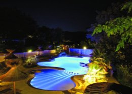 chenes piscine nuit