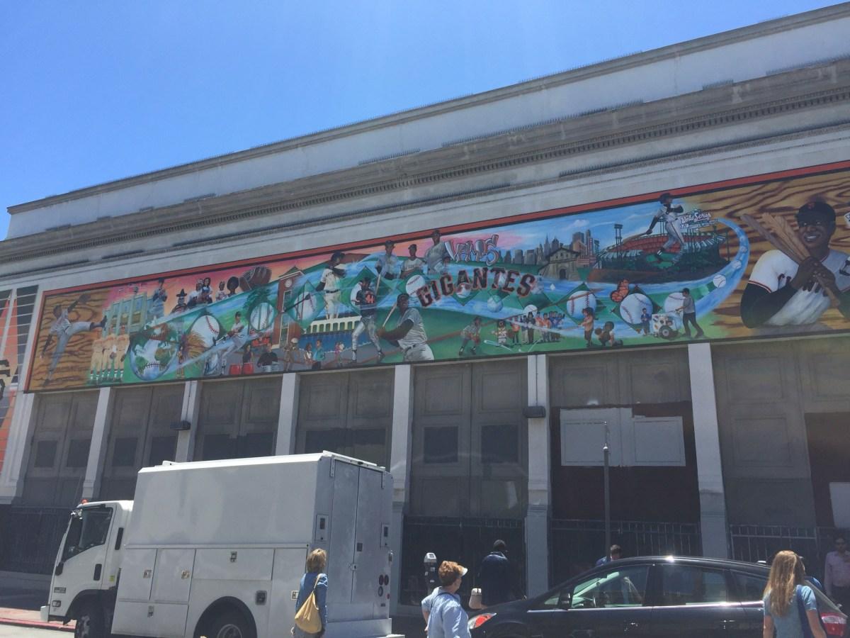 Checked in at Vamos Gigantes Mural