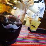 Denle bebida a la bebida  Moustache Bar  mistura2015hellip