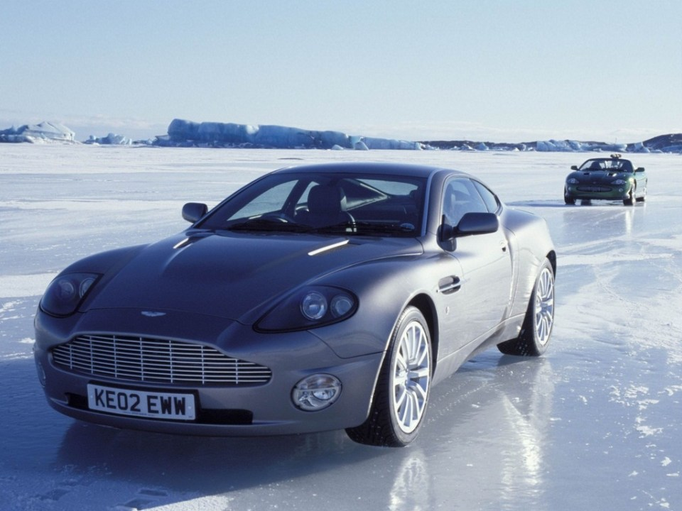 aston_martin_v12_vanquish_007_die_another_day_3