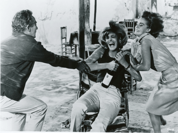 Peter Finch as Paul, Melina Mercouri as Maria & Romy Schneider as Claire in 10:30 PM Summer