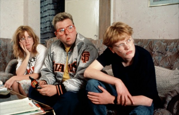 Jane Horrocks, Timothy Spall and Claire Skinner in Mike Leigh's Life Is Sweet (1990). Nominated by @brianrooney15 & @TheGreatDamFino.