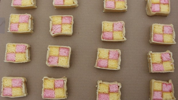 My attempt at introducing Battenberg into cinema language.