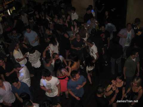 Pumphouse Crowd Main Floor 1:15AM
