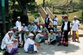 Balijczycy mają swoistą mieszankę krwi: ciemnoskórych pierwotnych mieszkańców wyspy, malajo-polinezyjczyków, indusów.