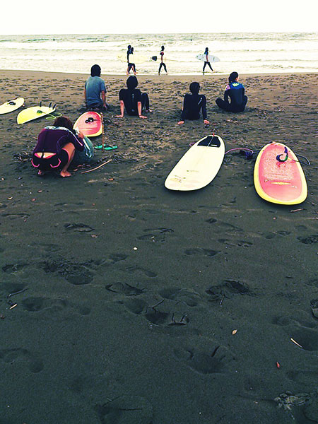 Surfers at Muroto Peninsula