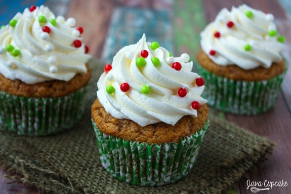 Sweet Potato Cupcakes with Marshmallow Frosting | JavaCupcake.com