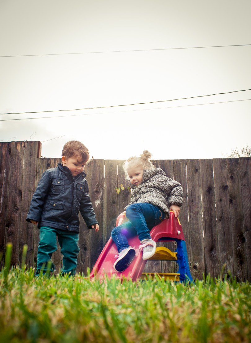 backyard toddler photography