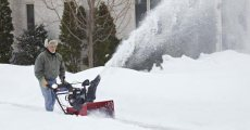 Winter Checklist for Snowblowers and other Helpful Tips