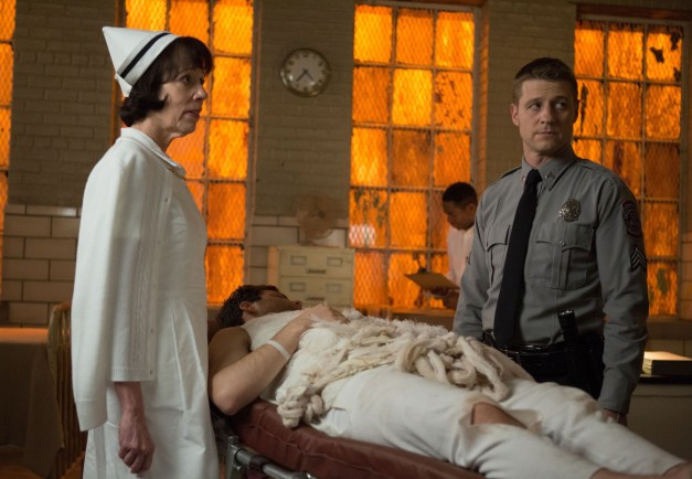 Gotham episode 11 - Rogue's Gallery - Dorothy and Gordon at Arkham