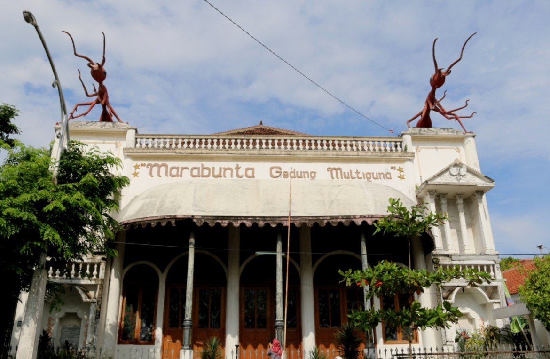 Gedung Marabunta dengan icon semutnya