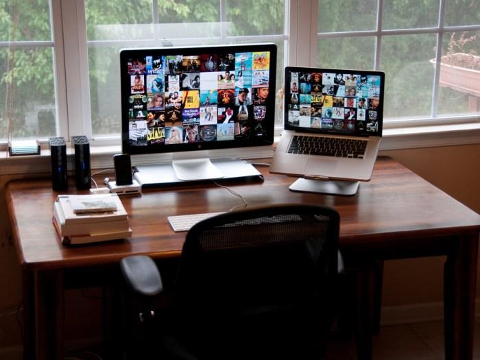 minimal workspace 7