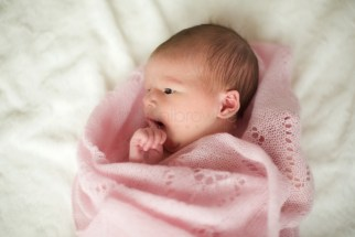natural-newborn-photography-_-21