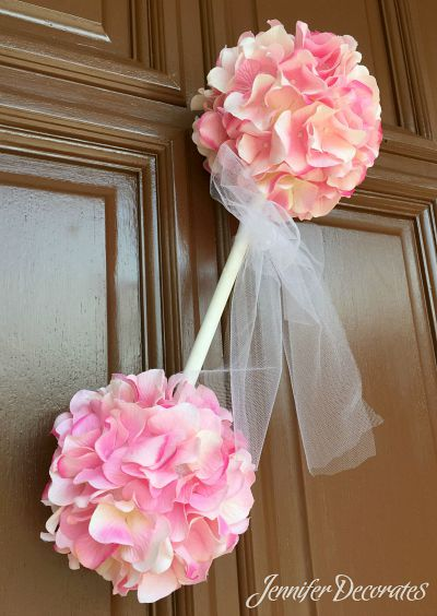 Baby shower decorating ideas jennifer decorates for Baby shower door decoration