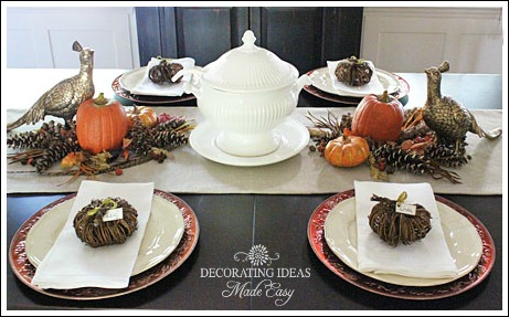 Fall table decorations from Jenniferdecorates.com