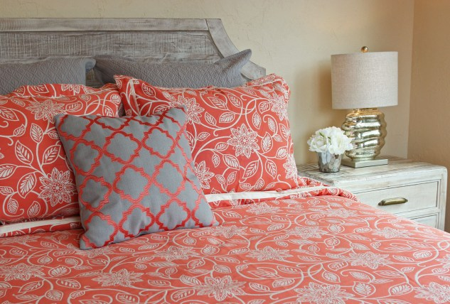 Decorating ideas for bedrooms from Jenniferdecorates.com