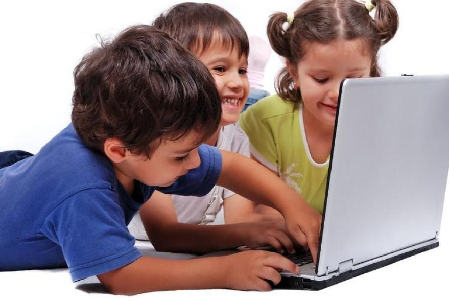 Keep kids safe online Keeping Kids Safe Online: Some Practical Tips